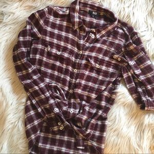 ⓅⒶⒾⒼⒺ FLANNEL BUTTON DOWN